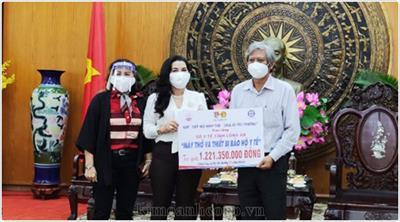 Tiếp tục chặng đường thiện nguyện của Quỹ Từ Thiện Kim Oanh Group hỗ trợ vật tư y tế cho tỉnh Long An